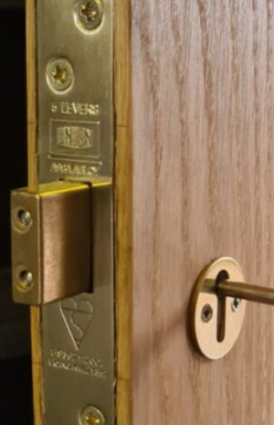 Window locks and handles in South Manchester